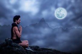 meditating at full moon
